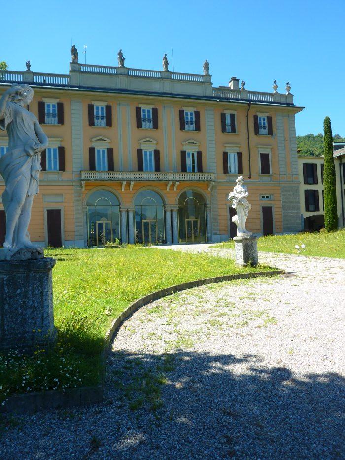 Villa Como 2