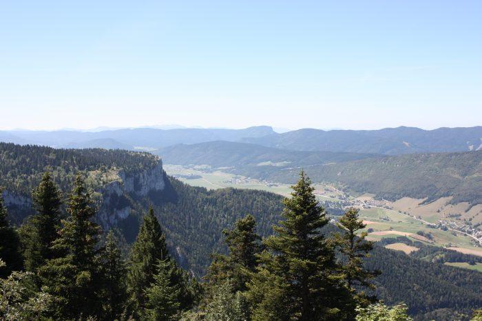 Au loin, Villard de Lans
