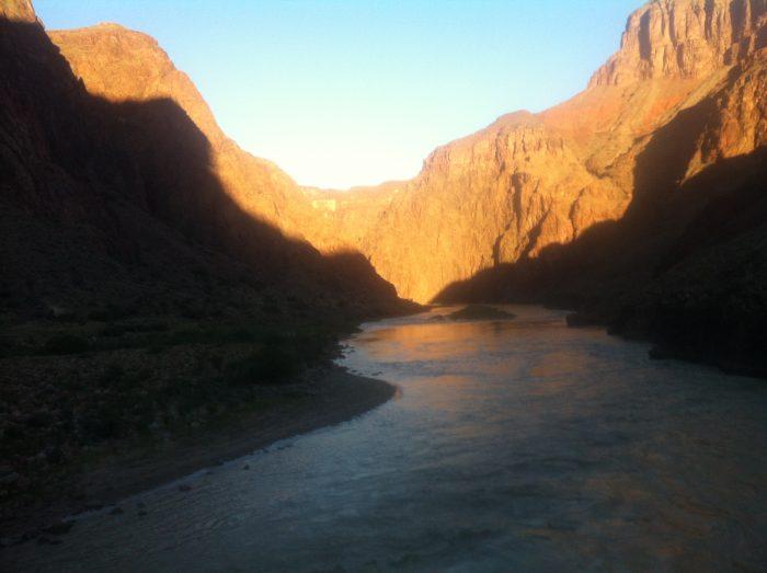 Lever de soleil sur le Grand Canyon
